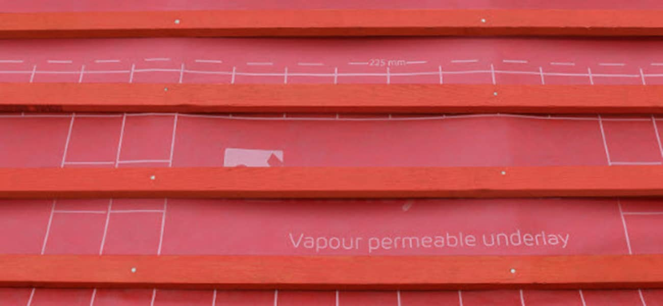 JB Red graded roofing batten machined to correct batten size